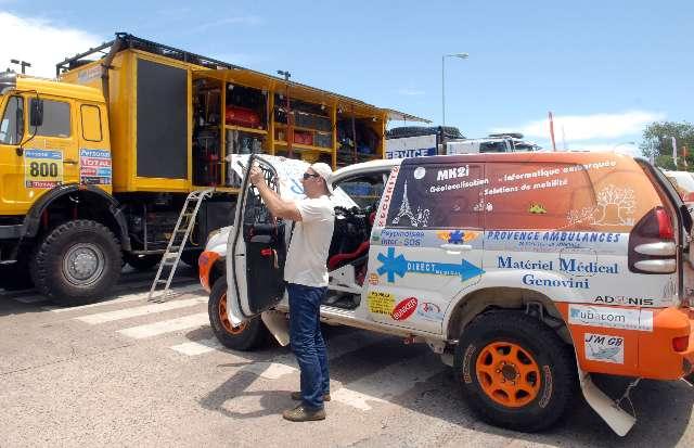 El publico comenzó a palpar en La Rural el rally Dakar 2011