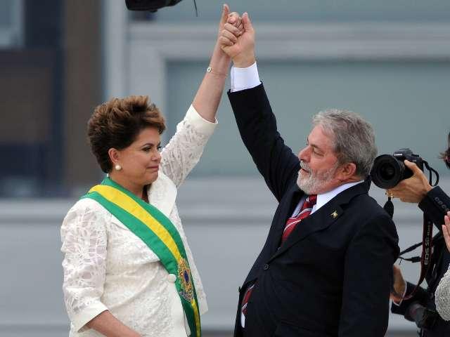 La presidenta Dilma Rousseff asumió hoy el cargo como sucesora del presidente Luiz Inácio Lula da Silva