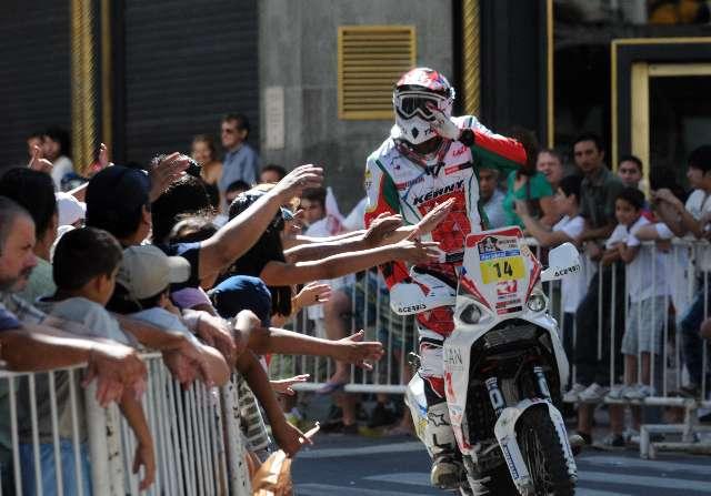 Con la largada simbólica el Dakar volvió a movilizar Buenos Aires