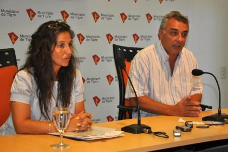 el Presidente del Honorable Concejo Deliberante de Tigre, Julio Zamora, y la presidenta de la Asociación Civil de los Habitantes del Delta Bonaerense, María Eugenia Fernández