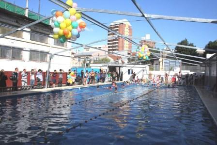 Se inauguró la pileta deportiva del club Social y de Fomento Victoria