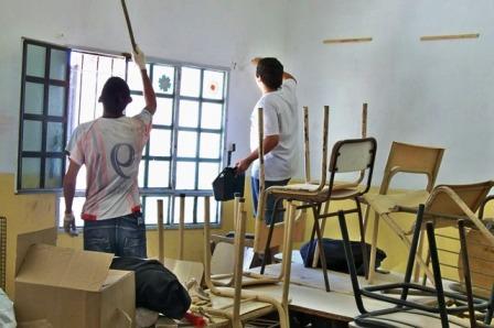 Jóvenes de San Fernando se suman a la pintada de escuelas