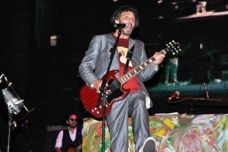 Fito Páez brindó un espectacular show en el playón de Tigre