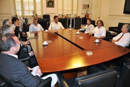 Massa se reunió con empresarios de la industria náutica