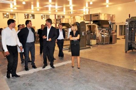 Massa recorrió Almar, la planta de panificación más importante de America Latina