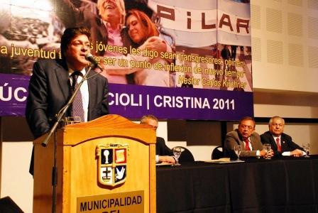 El titular de la Autoridad Federal de Servicio de Comunicación Audiovisual Mariotto encabezó en el salón de eventos Espacio Pilar, de La Lonja, un debate sobre la nueva ley de Servicios Audiovisuales