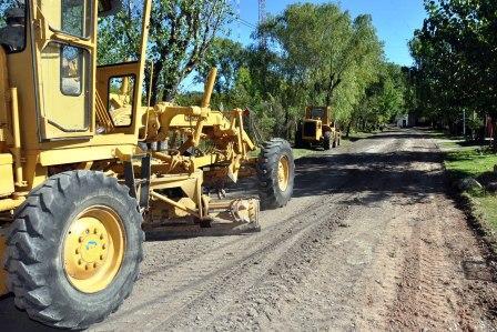 Avanzan los asfaltos vecinales en todo el partido de Tigre