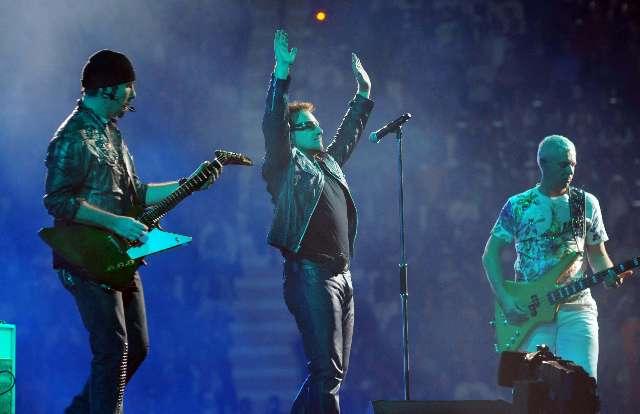 U2 hizo delirar a 58 mil personas en su primer show