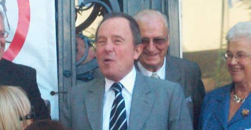 Enrique García el jueves en la puerta de la Municipalidad.