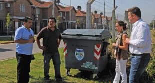 Instalan contenedores para reciclar basura en Pablo Nogués