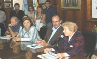 Donan respirador artificial al Hospital Thompson de San Martín