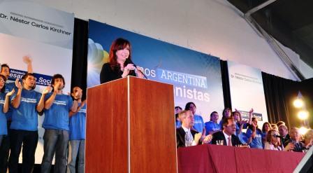 Cristina inaugura Centro Integrador Comunitario en San Martín