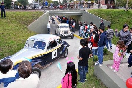 Gran fiesta por el 82º aniversario de Benavídez (Autos estrenan Túnel)