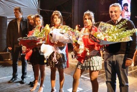 Gran fiesta por el 82º aniversario de Benavídez (Reina y Princesas de Benavidez)