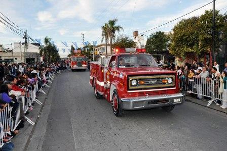 Gran fiesta por el 82º aniversario de Benavídez (Desfile 82 Aniversario de Benavidez)
