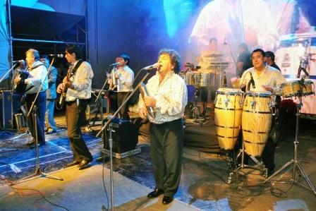 Gran fiesta por el 82º aniversario de Benavídez (Los Palmeras cierran los festejos)