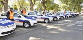 Campana: Ponen en funcionamiento 10 móviles policiales y 4 de seguridad municipal