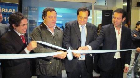 Leo Rial inauguró su primer local partidario en Vicente López ()