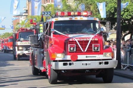 Bomberos bonaerenses advierten que movilizarán autobombas por falta de pago del fondo para el sector