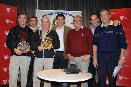 Autoridades municipales, presentes en la entrega de premios.