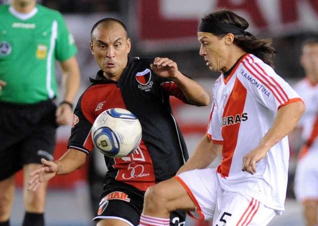 River sólo rescató un empate ante Colón y sigue complicado en su lucha por evitar la promoción