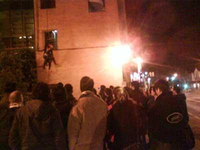 Los Bomberos de San Isidro continúan con el curso de rescate en altura
