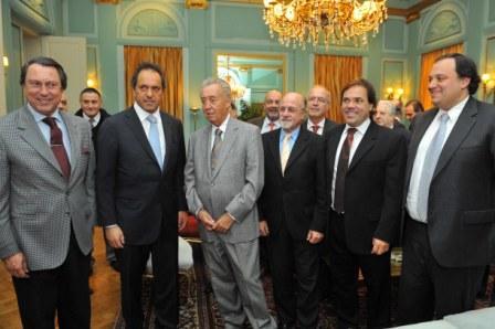 Scioli y su gabinete compartieron una reunión de trabajo en la residencia oficial de La Plata con la conducción de CAME