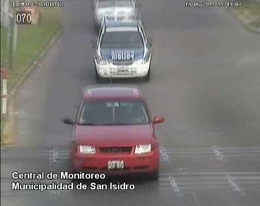 Ante un alerta de las cámaras de seguridad recuperan vehículo robado en San Isidro