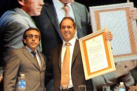 El Intendente Municipal, Sandro Guzmán, junto al Gobernador de la Provincia de Buenos Aires