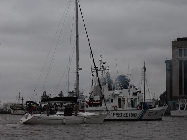 Encuentran más de 400 kilos de cocaína en un velero en el puerto de Olivos