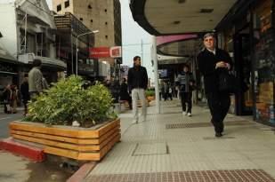 Reconstruyen calles en el centro de Morón