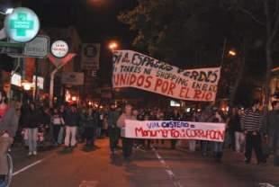 Protestaron por la represión policial en la inauguración del Vial Costero