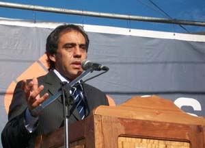 """Sandro Guzman reclama a Scioli """"dialogo"""" para encontrar soluciones"""