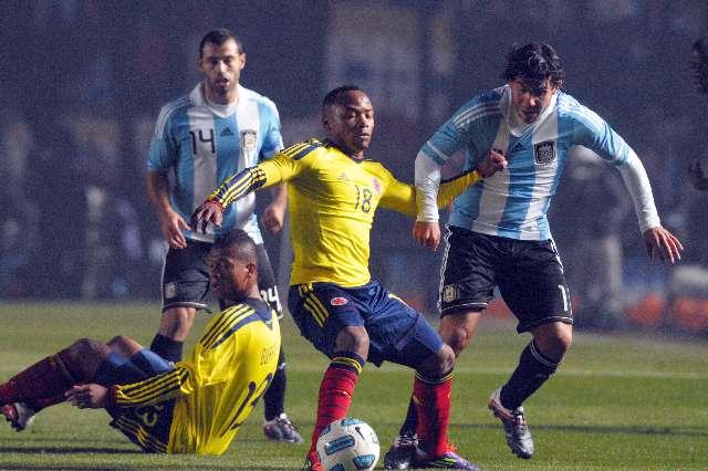 Argentina complic� su clasificaci�n porque empat� sin goles ante Colombia