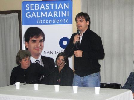 Sebastián Galmarini se reunió con vecinos de Beccar