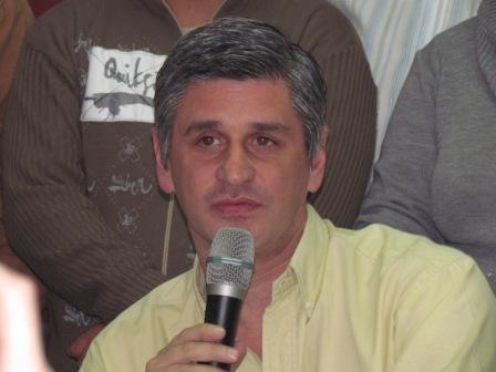 El dirigente Sanfernandino, Gastón Esquivel apuntó contra la actual administración encabezada por Osvaldo Amieiro