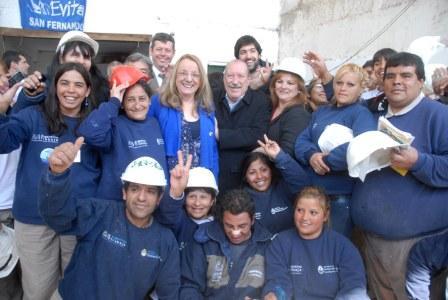 Alicia Kirchner entregó aportes para el desarrollo de emprendimiento productivo en San Fernando