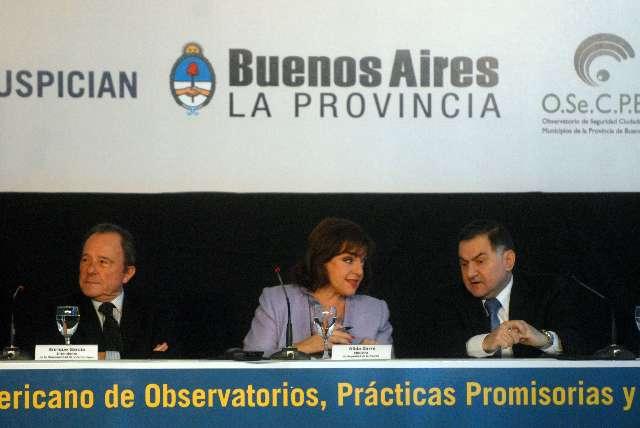 Garré participó de un congreso sobre seguridad en Vicente López