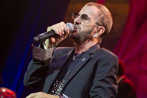 Ringo Starr emocionó a 8 mil personas en el Luna Park