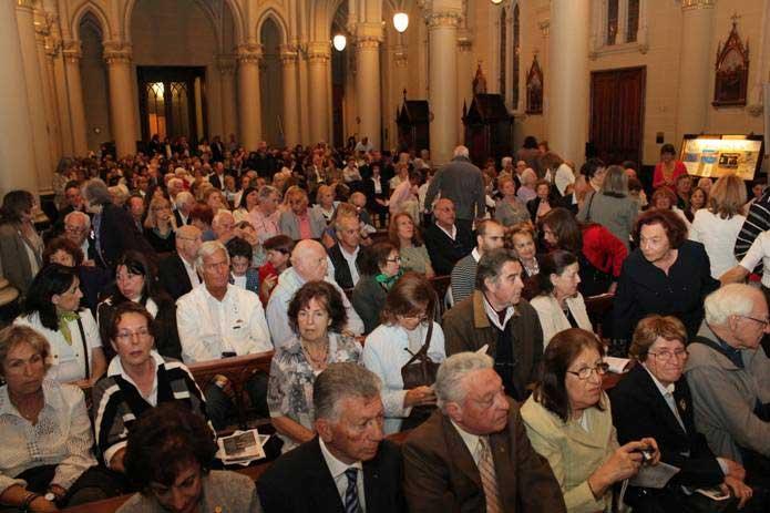 Judíos y cristianos oraron anoche en la Catedral de San Isidro