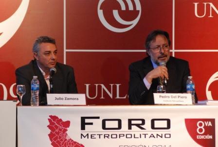 El Dr. Julio Zamora, presidente del Honorable Concejo Deliberante de Tigre, disertó en la mesa de cierre