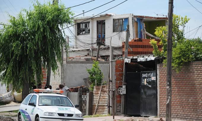 Un hombre murió por una explosión y derrumbe en una casa de San Fernando