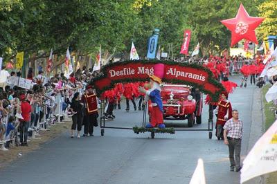 Unas 50.000 personas disfrutaron del desfile mágico en San Isidro
