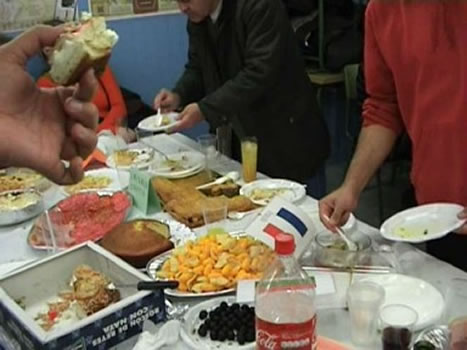 En una noche navideña se suelen consumir 10 mil calorías, por excesos alimentarios