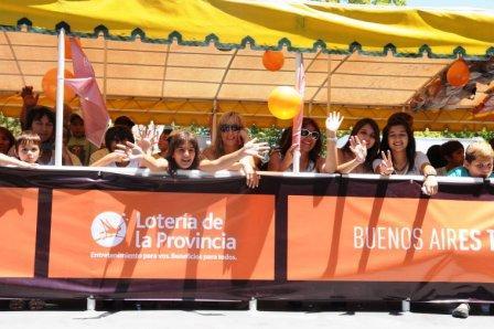 Lanzan programa para recorrer gratis en catamarán el Delta de Tigre.