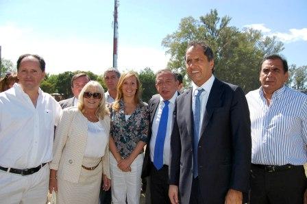 Daniel Scioli y la Ministra de Educación Silvina Gvirtz visitaron Pilar.