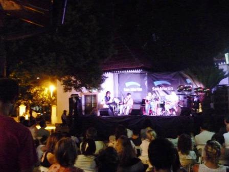 Katopodis estuvo presente en el recital de Mariano Otero que inauguró el Ciclo de Jazz en San Martín.