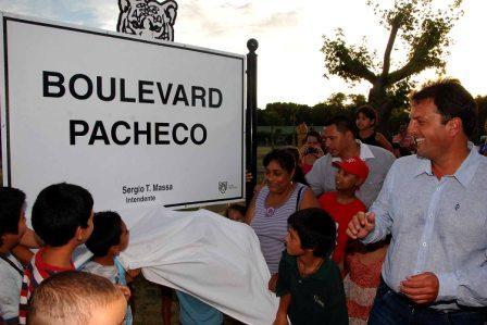 Troncos: los vecinos ya disfrutan del nuevo espacio público sobre el ex Zanjón Pacheco