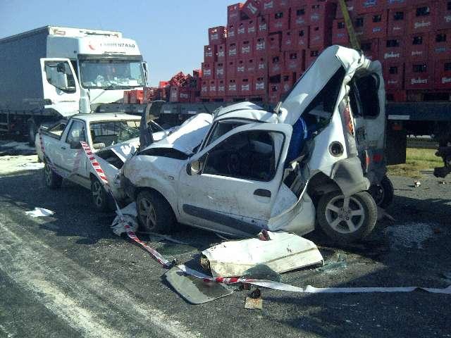 Tres muertos por un accidente en Campana tras choque de varios vehículos
