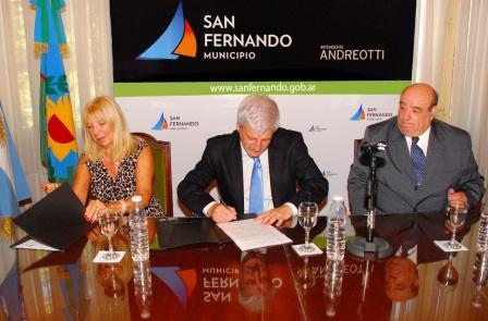 Andreotti firmó un convenio de cooperación con Missing Children Argentina